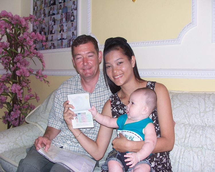 simon-richardson-andthidarat-and-baby-kate-british-passport-and-holiday-uk