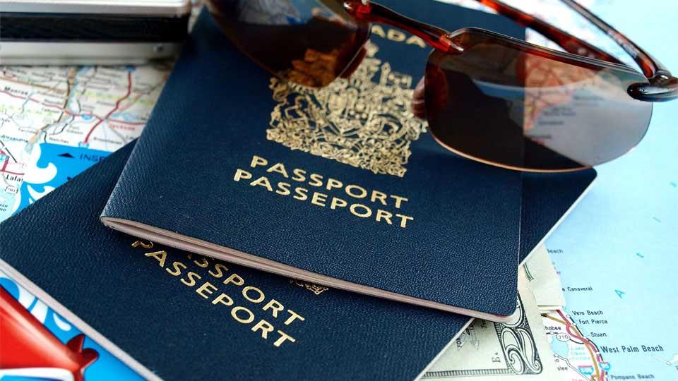 Australian tourist visa whilst awaiting a partner visa