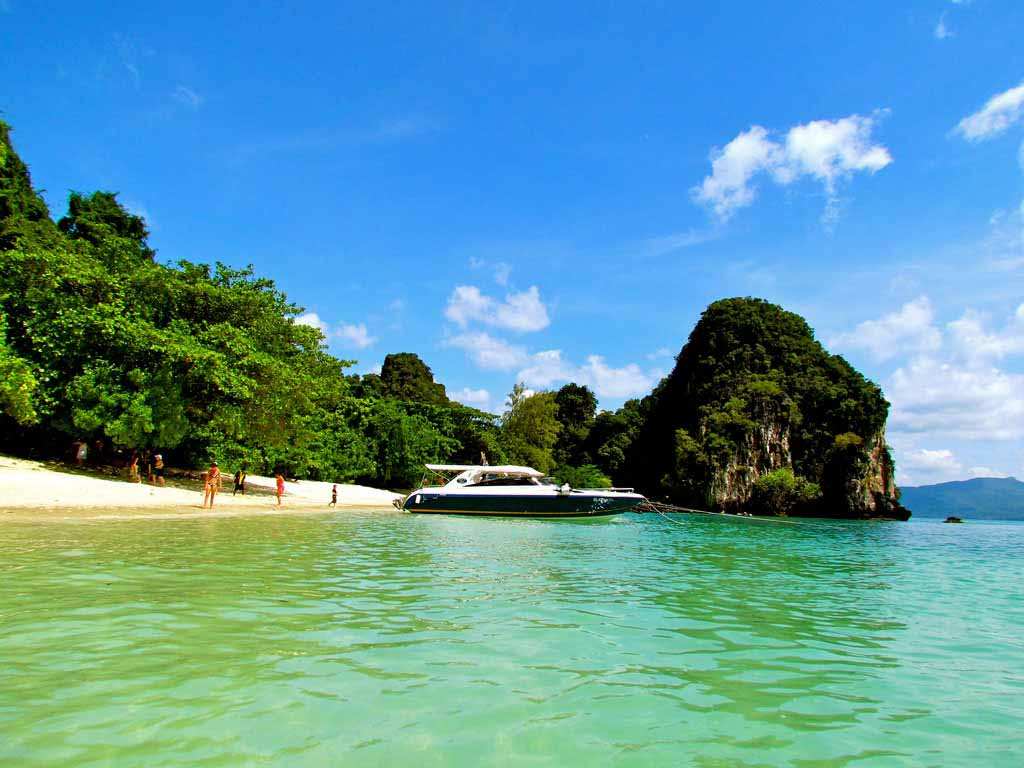 Rhiannon: My Experience in Thailand