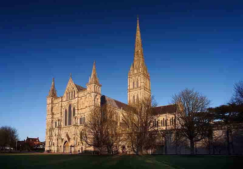 Beautiful Cathedrals And Churches In UK That Thais Love To Visit